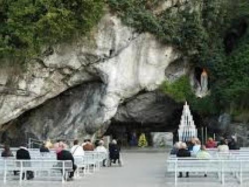 Lourdes lieu Spirituel